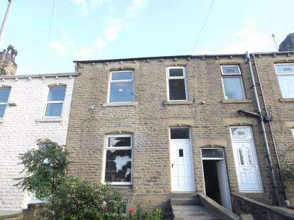 House for sale in Elm Street, Newsome, Huddersfield, West Yorkshire