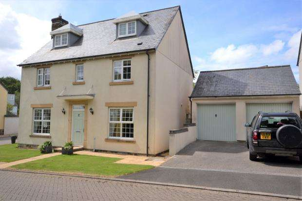 4 Bedrooms Detached House for sale in Trebartha Close, Callington, Cornwall