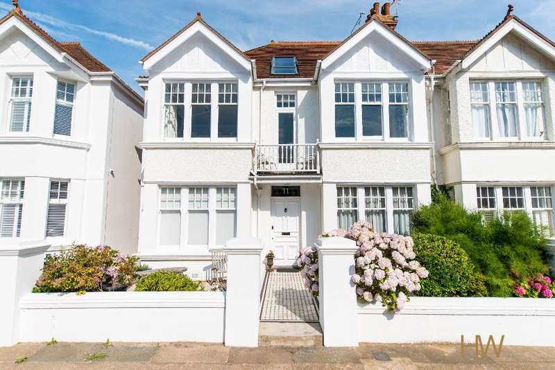 5 Bedrooms Semi Detached House for sale in Langdale Gardens, Hove, East Sussex, BN3 4HJ