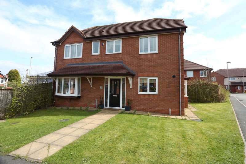 4 Bedrooms Detached House for sale in Ripley Grove, Dudley, West Midlands, DY1