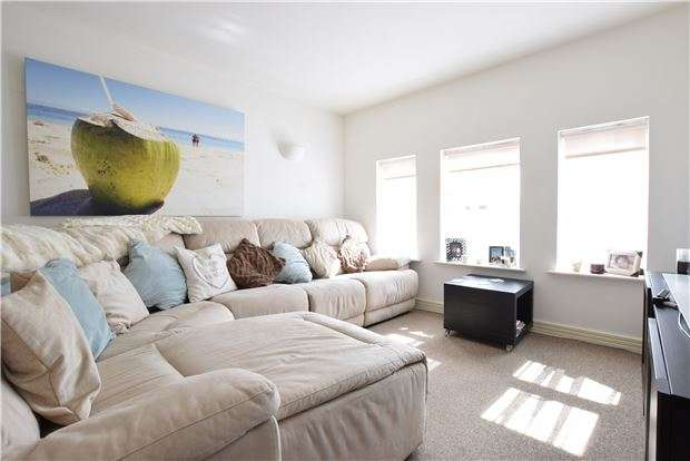 2 Bedrooms Flat for sale in Knightsbridge Court, Upper Grosvenor Road, TN1 2ER