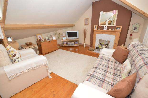 1 Bedroom Flat for sale in Fore Street, Heavitree, Exeter, Devon
