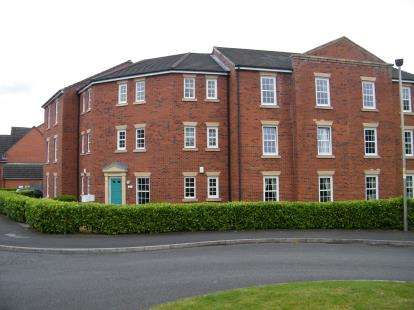 3 Bedrooms Flat for sale in Byron Walk, Nantwich, Cheshire