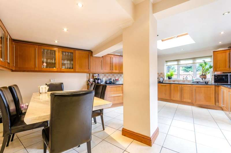 4 Bedrooms House for sale in Parkwood Road, Isleworth, TW7