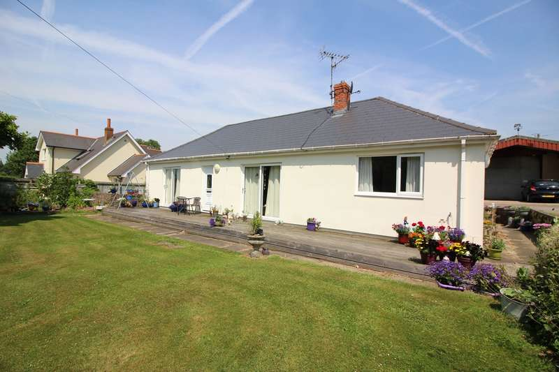 4 Bedrooms Detached Bungalow for sale in Ayr-Y-Bryn, Llanover, Abergavenny, NP7