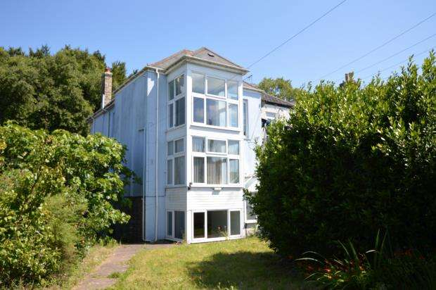 3 Bedrooms End Of Terrace House for sale in Dean Place, Liskeard, Cornwall