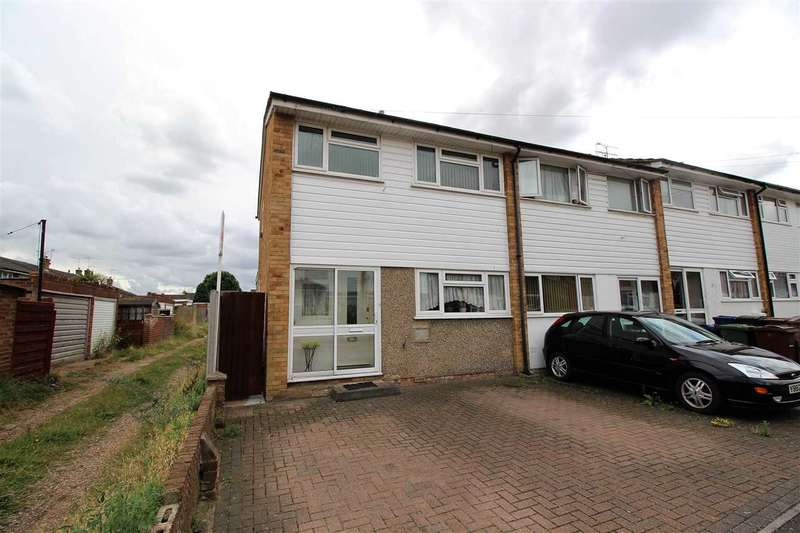 3 Bedrooms Semi Detached House for sale in Nunns Way, Little Thurrock