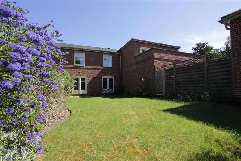 3 Bedrooms Mews House for rent in Purley Magna, Purley On Thames, Reading, RG8