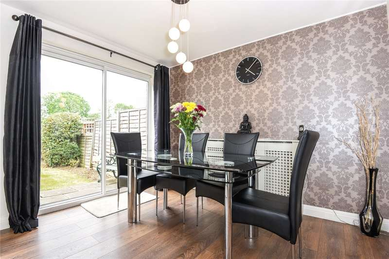 2 Bedrooms Terraced House for sale in Mezen Close, Northwood, Middlesex, HA6