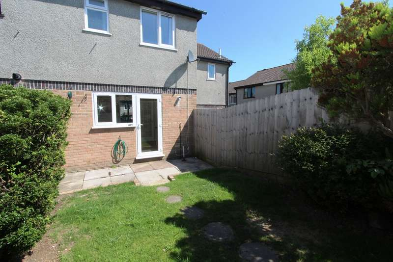 2 Bedrooms Terraced House for sale in Primrose Close, Torpoint