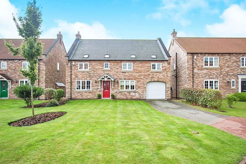 4 Bedrooms Detached House for sale in Knedlington Walk, Howden, Goole, DN14