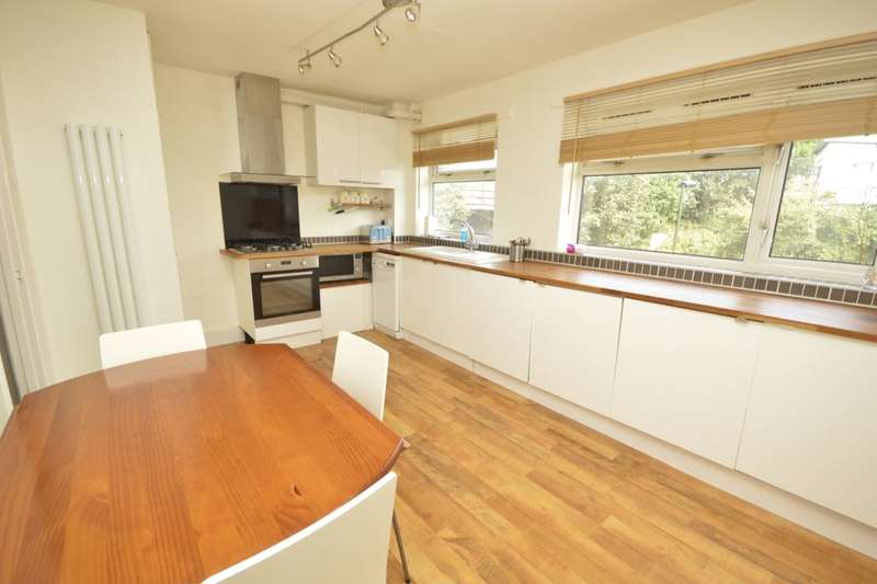 2 Bedrooms Flat for sale in Conway Road, Whitton, Hounslow, TW4