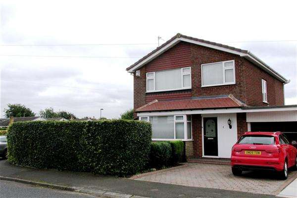 4 Bedrooms Detached House for sale in Elgar Avenue, Newcastle upon Tyne