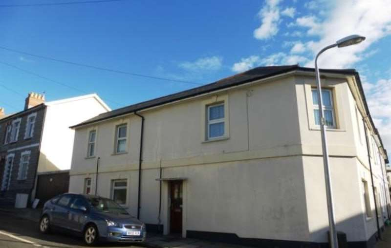 2 Bedrooms Flat for sale in Coronation terrace, Penarth, Glamorgan, CF64
