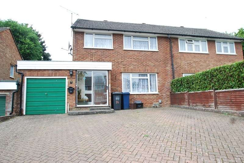 3 Bedrooms Semi Detached House for sale in Sheepfold Lane, Amersham, HP7