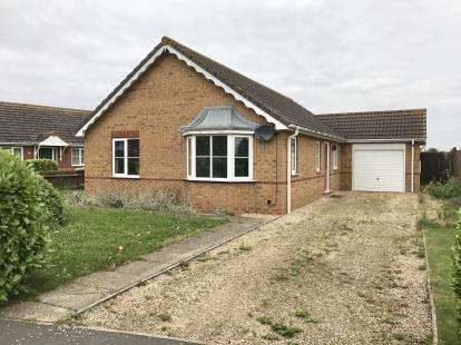 3 Bedrooms Bungalow for sale in Laceys Drive, Leverton, Boston, Lincolnshire