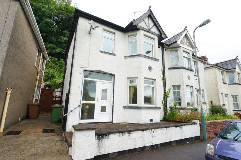 3 Bedrooms Semi Detached House for sale in Herbert Avenue, Risca, Newport, NP11