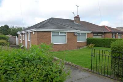 2 Bedrooms Bungalow for rent in Fishers Lane Pensby