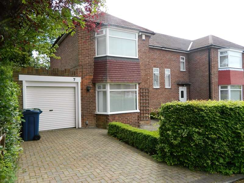 3 Bedrooms Semi Detached House for sale in Queens Drive, Whickham, Tyne and Wear, NE16