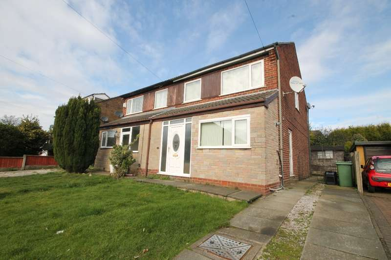 3 Bedrooms Semi Detached House for sale in Lindrick Close, Rainhill L35