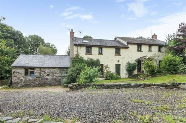 4 Bedrooms Detached House for sale in Login, Login, Whitland, Carmarthenshire