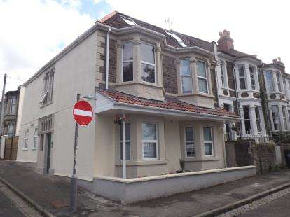 2 Bedrooms Flat for sale in Greenbank Road, Greenbank, Bristol