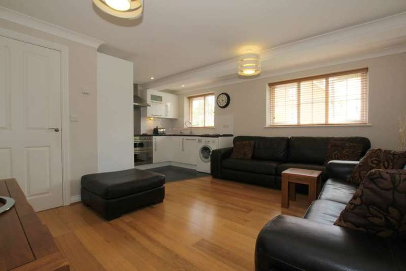 2 Bedrooms Duplex Flat for sale in 2 DBL BED GRD FLOOR DUPLEX with PARKING - APSLEY STATION, The Mallards, HP3