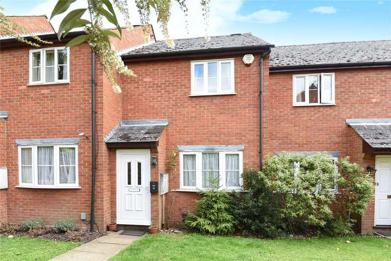 2 Bedrooms Terraced House for sale in Evans Close, Croxley Green, Hertfordshire, WD3