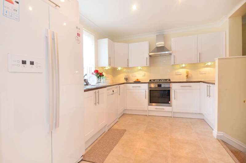 4 Bedrooms House for rent in Finland Street, Rotherhithe, SE16