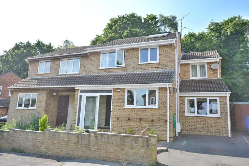 4 Bedrooms Semi Detached House for sale in Creekmoor, Poole, BH17 7YG
