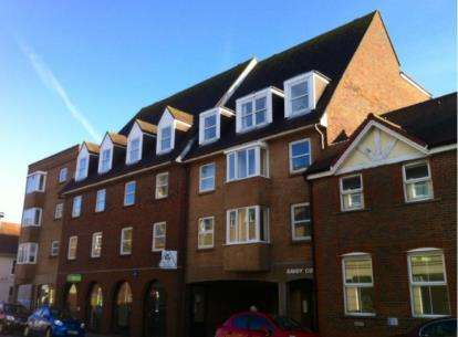 1 Bedroom Flat for sale in Town Lane, Newport, Isle Of Wight