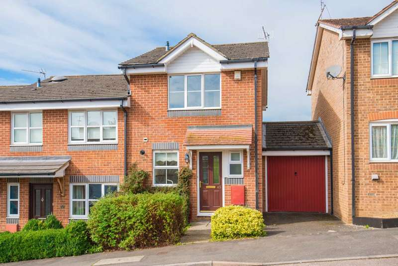 2 Bedrooms Semi Detached House for sale in Tortoiseshell Way, Berkhamsted