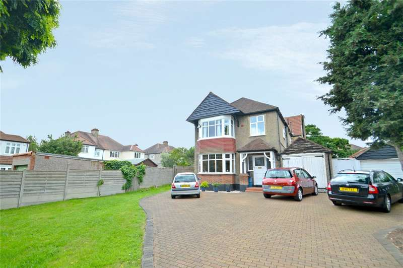 3 Bedrooms Apartment Flat for sale in Ashurst Walk, Croydon
