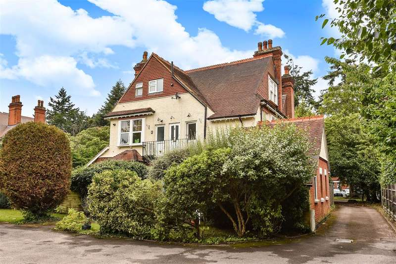 1 Bedroom Apartment Flat for sale in The Avenue, Crowthorne