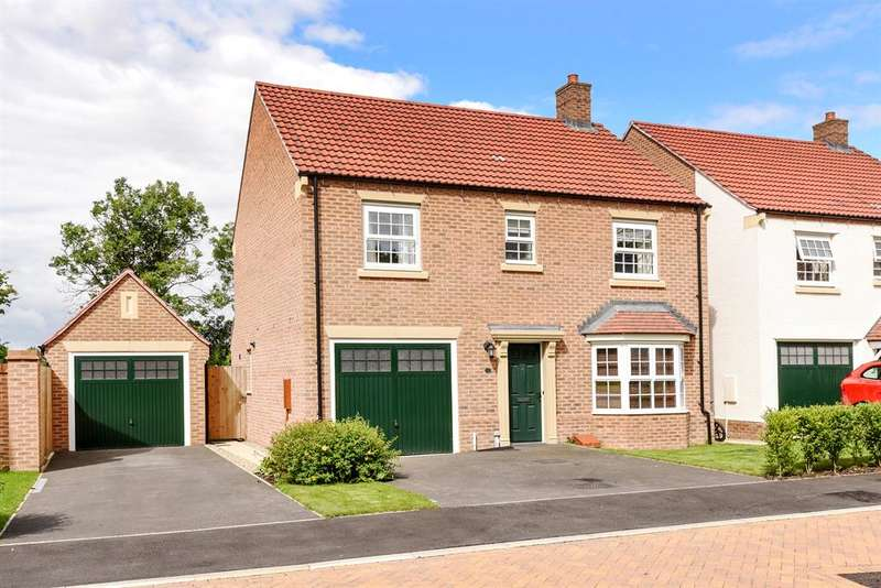 4 Bedrooms Detached House for sale in Hurns Way, Easingwold, York, YO61 3FR