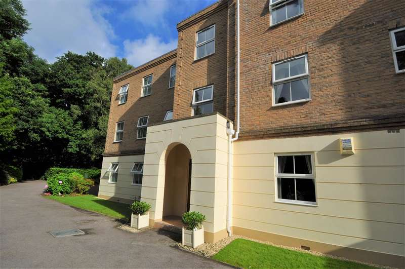3 Bedrooms Apartment Flat for sale in Branksome Park
