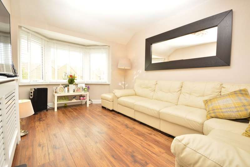1 Bedroom Flat for sale in Gander Green Lane, Sutton, SM1