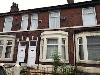 3 Bedrooms Terraced House for sale in Monmouth Avenue, Bury, BL9