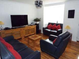 3 Bedrooms Detached House for sale in Rose Green Road, Bognor Regis, West Sussex