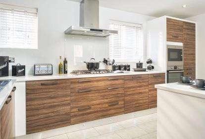 3 Bedrooms Detached House for sale in Saxon Rise, Queen Elizabeth Road, Nuneaton