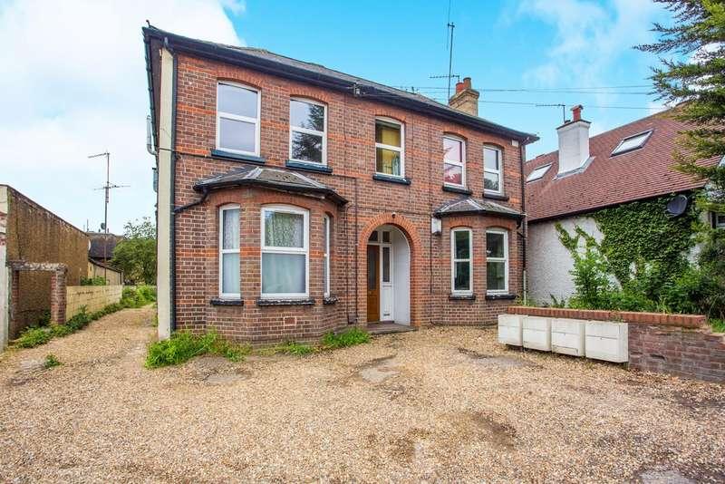 1 Bedroom Flat for sale in Horseshoe Lane, Garston Watford