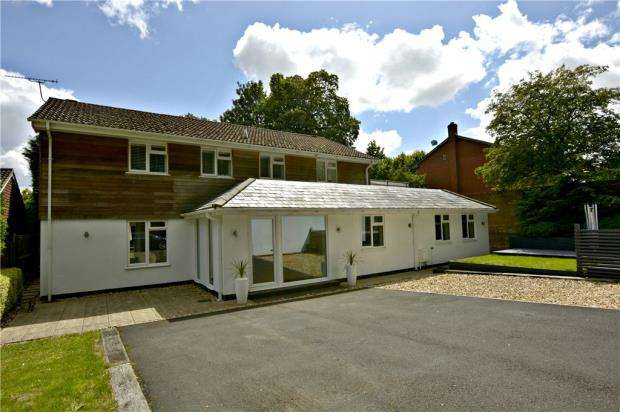 4 Bedrooms Detached House for sale in Harestock Road, Winchester, Hampshire