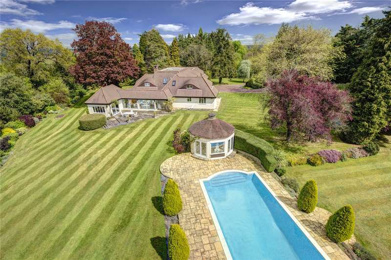 6 Bedrooms Detached House for sale in Winter Hill, Cookham Dean, Berkshire, SL6