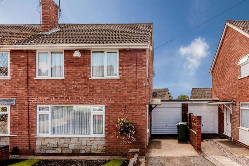 3 Bedrooms Semi Detached House for sale in Sandringham Road ,Stourbridge, West Midlands DY8 5HL
