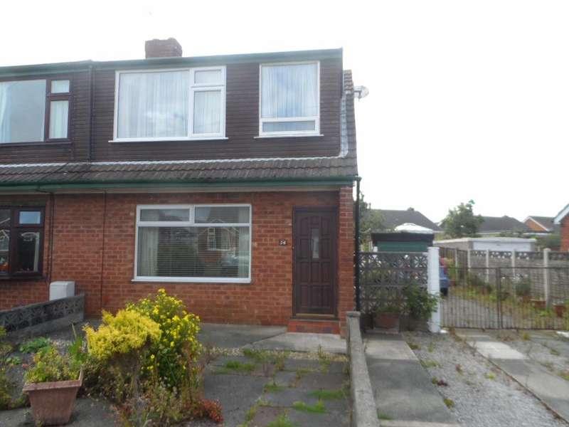 3 Bedrooms Property for sale in Grasmere Road, Poulton le Fylde, FY6 0DW