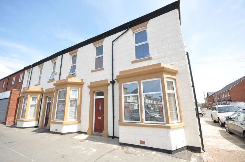 Terraced House for sale in Lytham Road, Blackpool, Lancashire, FY1 6EX