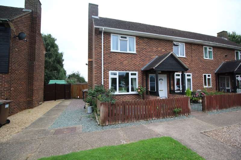3 Bedrooms Semi Detached House for sale in Gibson Green, Witham St. Hughs, Lincoln, LN6