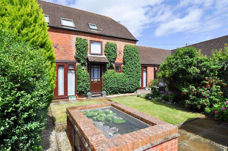 3 Bedrooms Mews House for sale in Inkberrow, Worcester