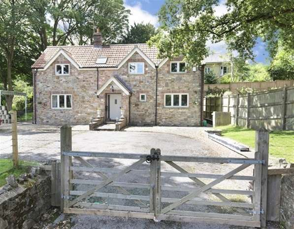 4 Bedrooms Detached House for sale in Church Street, Coleford, Radstock