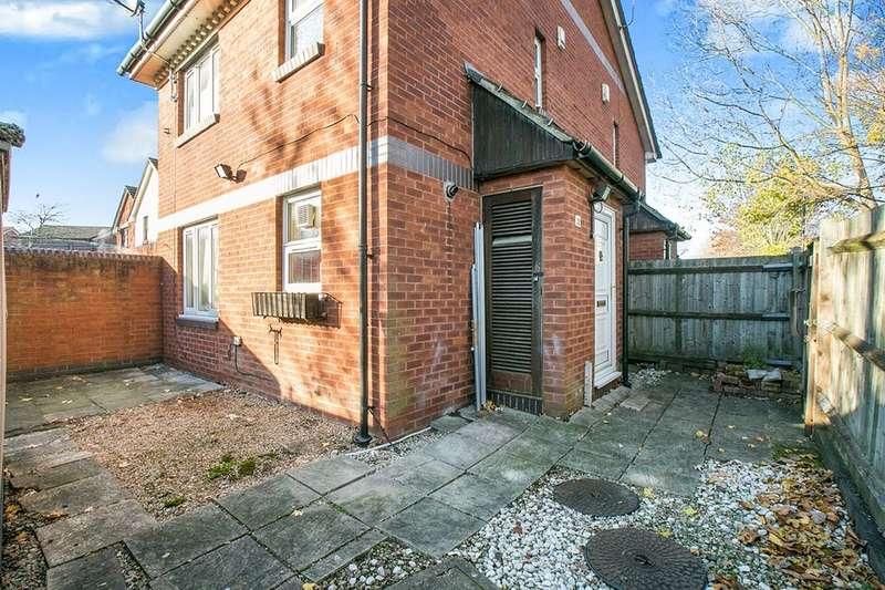 1 Bedroom Property for sale in Goosander Way, West Thamesmead , London, SE28